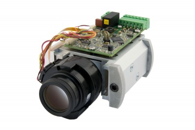 P-IRIS Controller supports new lenses as well as IP67 camera housing